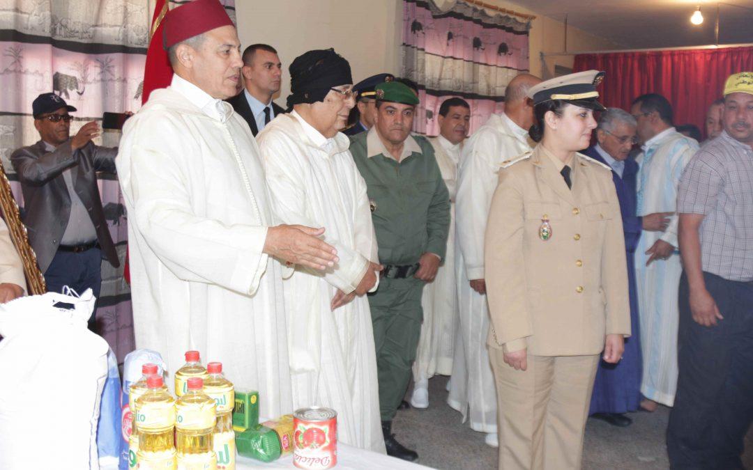 أجواء إنطلاق عملية توزيع قفة رمضان باقليم العيون