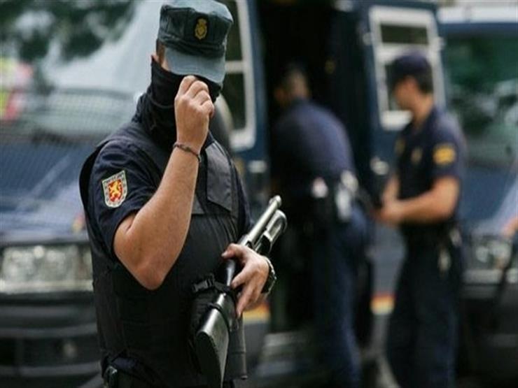 الشرطة الإسبانية توقف شبكة لتهريب مهاجرين آسيويين
