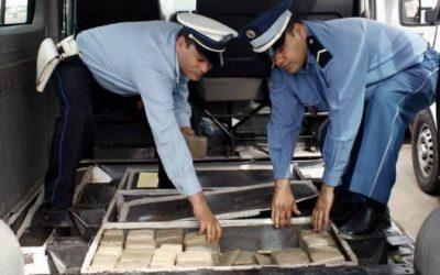 إحباط عملية تهريب شحنة بأزيد من 2 طن من مخدر الشيرا بميناء طنجة