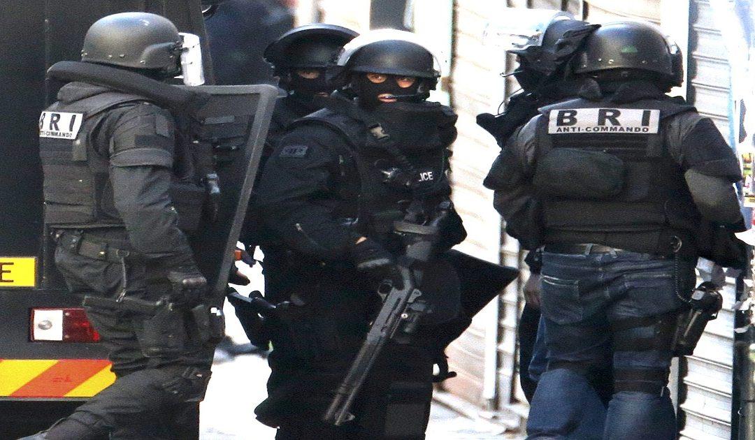 تفكيك خلية متطرفة كانت تخطط لشن هجمات على أماكن العبادة بفرنسا