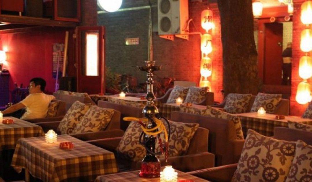 إيران تغلق 547 مقهى ومطعمًا بذريعة انتهاك الشريعة الإسلامية