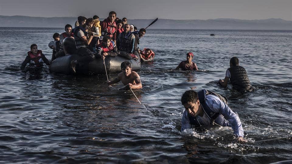 اعتقال عدد من المهاجرين السريين بشاطئ الصخيرات