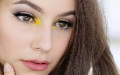 الأصفر الفاقع لماكياج صيفي جريء
