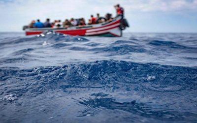 """البحرية الملكية تحبط عملية هجرة سرية لـ60 """"حراك"""" نحو جزر الكناري"""