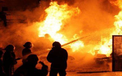 عاجل..حريق مهول يهز مصنعا للخشب بالمحمدية