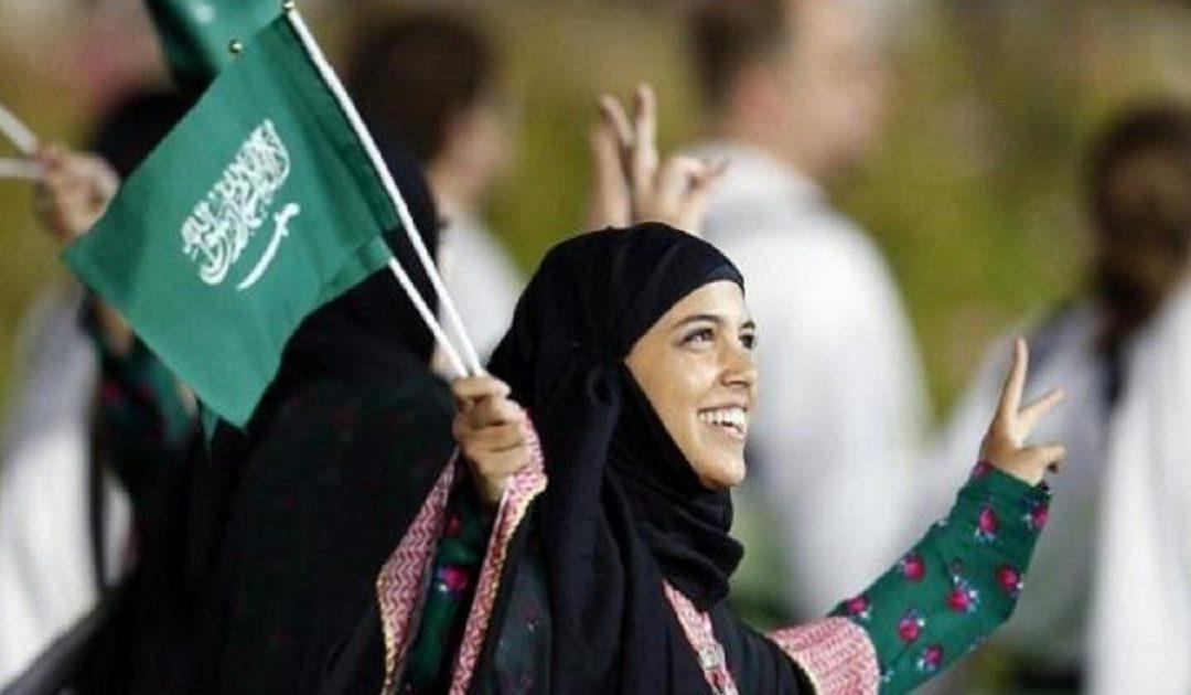السلطات السعودية تسمح للمرأة بحرية السفر والتبليغ عن المواليد حالها حال الرجل