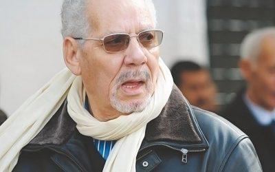 المحكمة العسكرية الجزائرية تصدر الأمر بإلقاء القبض الدولي على وزير الدفاع الأسبق