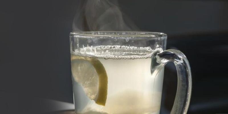 هذه فوائد الماء الدافئ على صحة الانسان