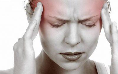 4 علاجات طبيعية تخلصك من آلام الرأس الحادة
