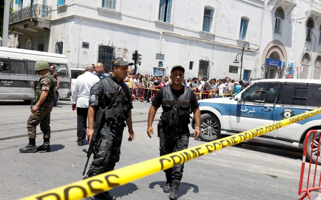 إغتيال رئيس مركز أمن محكمة وإصابة عسكري بتونس