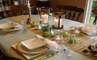 4 طرق لتزيين مائدة طعام فخمة لاستقبال ضيوفك في العيد