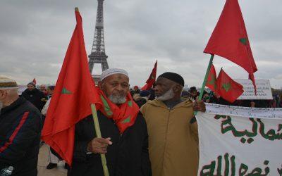 الإسلاموفوبيا يخرج مغاربة فرنسا للإحتجاج