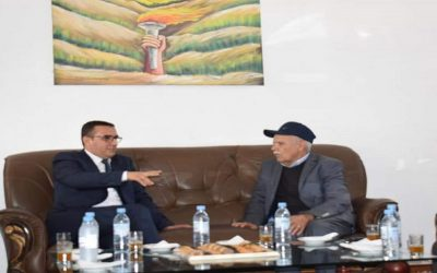 """وزير الشغل الجديد """"أمكراز"""" يغازل النقابات الأكثر تمثيلية"""
