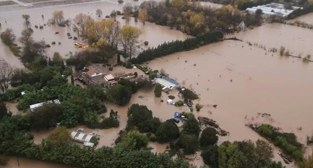 خمسة قتلى في فيضانات فرنسا بينهم ثلاثة رجال انقاذ