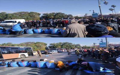 مكفوفون يهددون بالإنتحار الجماعي ويشلون حركة السير بمراكش