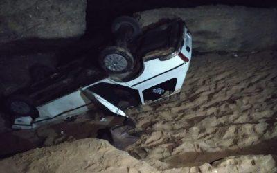 إصابة شخصين إثر سقوط سيارة بالبحر بالداخلة