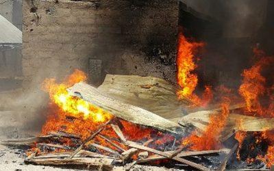 حريق في كوخ بحي شعبي يودي بحياة خمسة أطفال