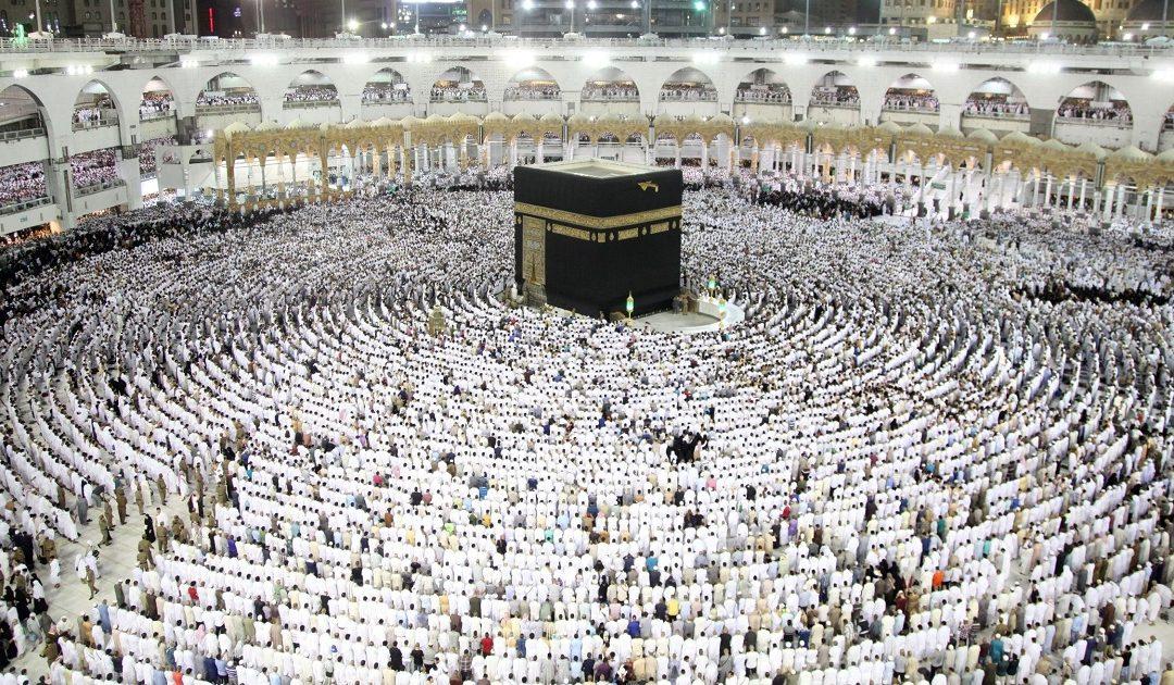 السعودية تمنع المعتمرين الأجانب وزوار المسجد النبوي من دخول البلاد