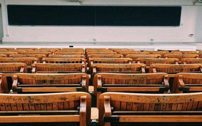 الأساتذة الجامعيون يعبرون عن رفضهم لاعتماد نظام البكالوريوس