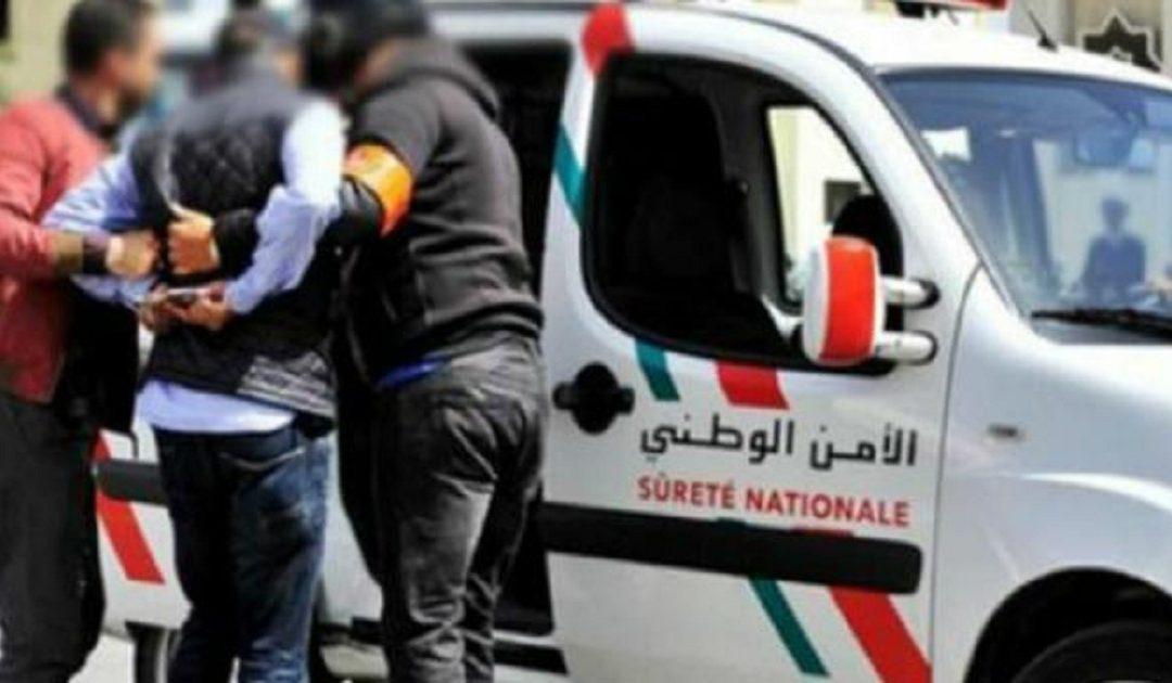 عدم الامتثال لاجراءات حظر التجوال يجر شخصين للاعتقال بالسمارة