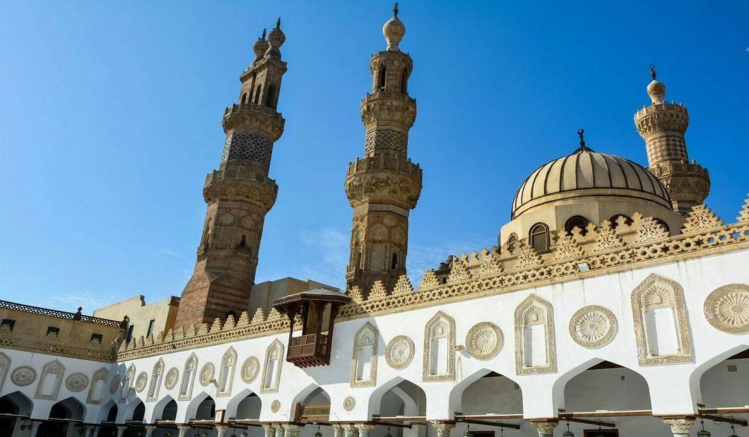 مصر تقرر غلق جامع الأزهر وإيقاف صلاة الجمعة والجماعة لمواجهة كورونا