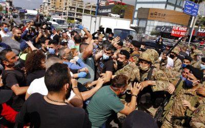لبنان .. عودة الاحتجاجات إلى الشارع و مواجهات بين المتظاهرين والجيش تسقط قتيلا