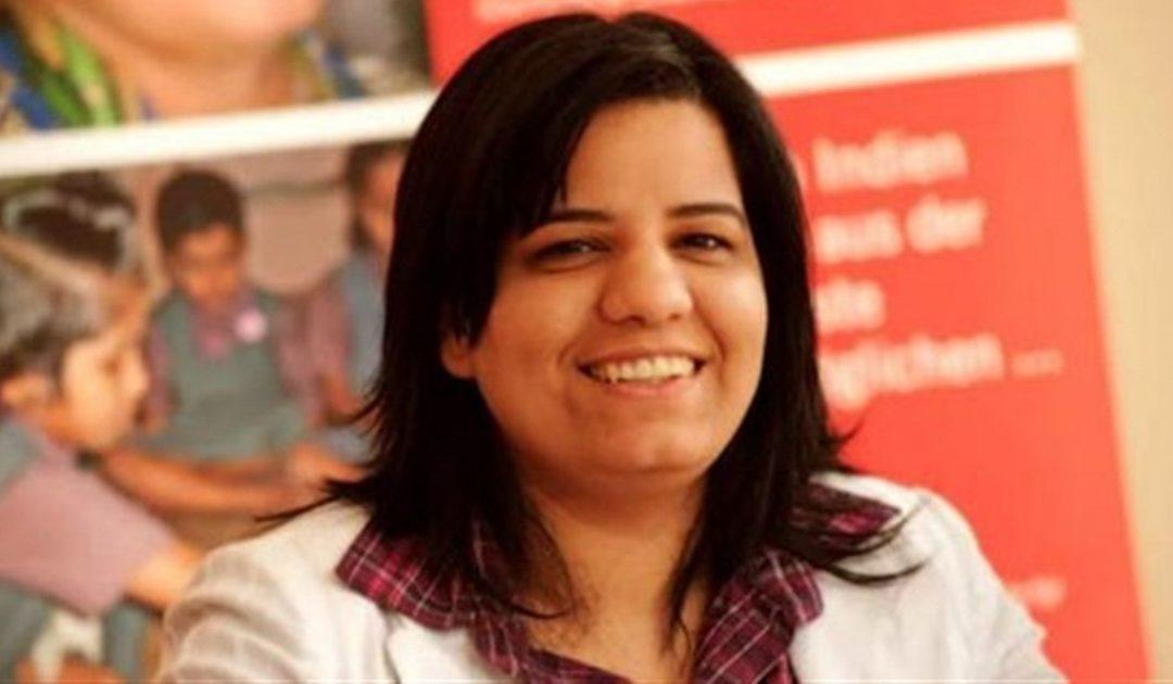 """أماني التونسي تسلط الضوء على تأثير جائحة """"كوفيد 19"""" على الحياة في روايتها """"الحب في زمن الكورونا"""""""