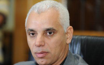 وزير الصحة يقرر توقيف ممرضة عن العمل بطاطا تركت مركز التلقيح فارغا
