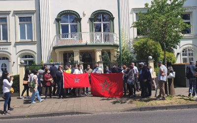 مغاربة ألمانيا يستنكرون إستثنائهم من لائحة العائدين إلى أرض الوطن