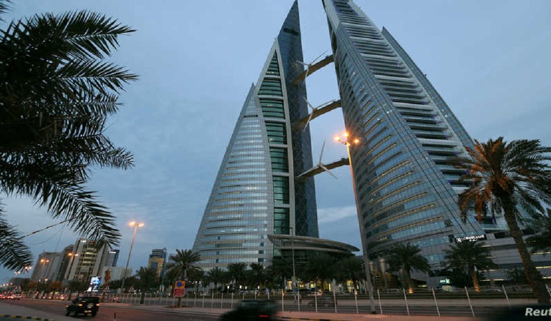 البحرين تتكفل بفواتير الكهرباء والماء لجميع المواطنين