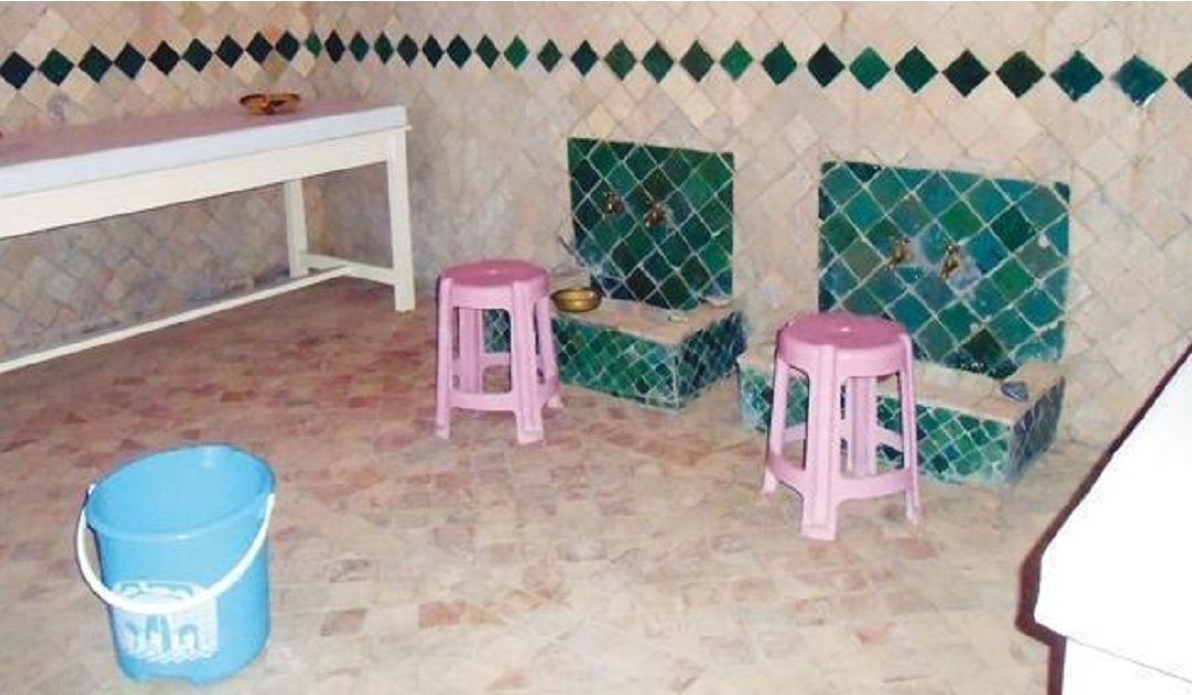 """أرباب الحمامات يتهمون وزيرة السياحة بـ """"اللامبالاة"""" ويطالبون بفتح حوار جاد ومسؤول لإنقاذهم من الإفلاس"""