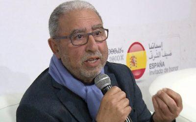 انتقادات تلاحق فوز الشاعر محمد الأشعري بجائزة الأركانة في دورتها 15