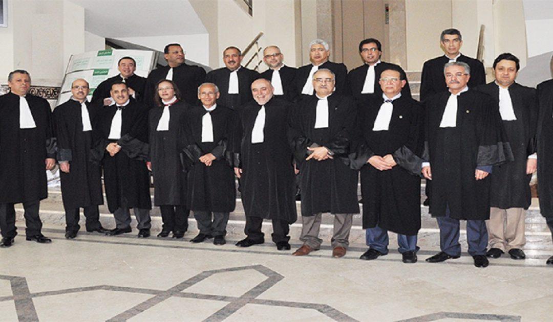 """نقابة المحامين بالمغرب ترفض المتابعات التأديبية لأربعة قضاة بسبب تدوينات """"فايسبوكية"""""""