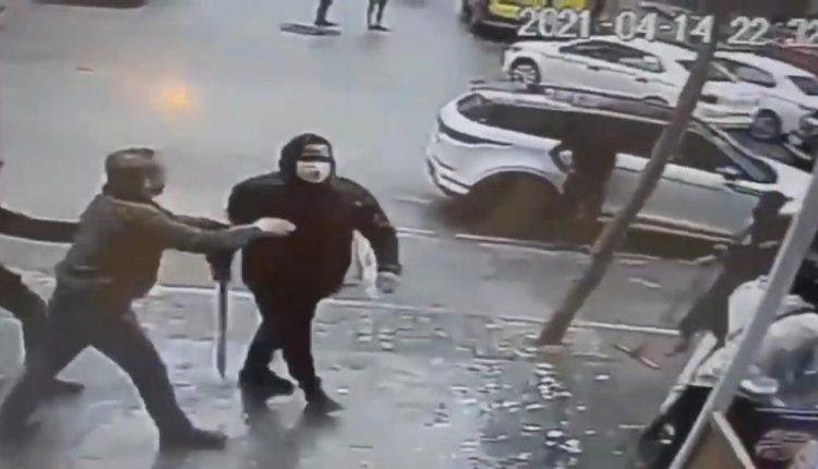 أمن طنجة يتفاعل مع فيديو إعتداء شخصين بالسلاح الأبيض على محل للحلاقة بطنجة