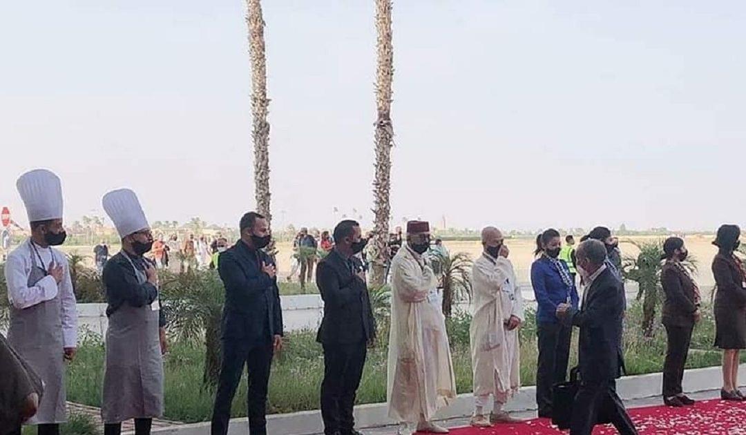 ببساط أحمر وورود متناثرة استقبل المغرب أبناء الجالية المغربية المقيمة بالخارج